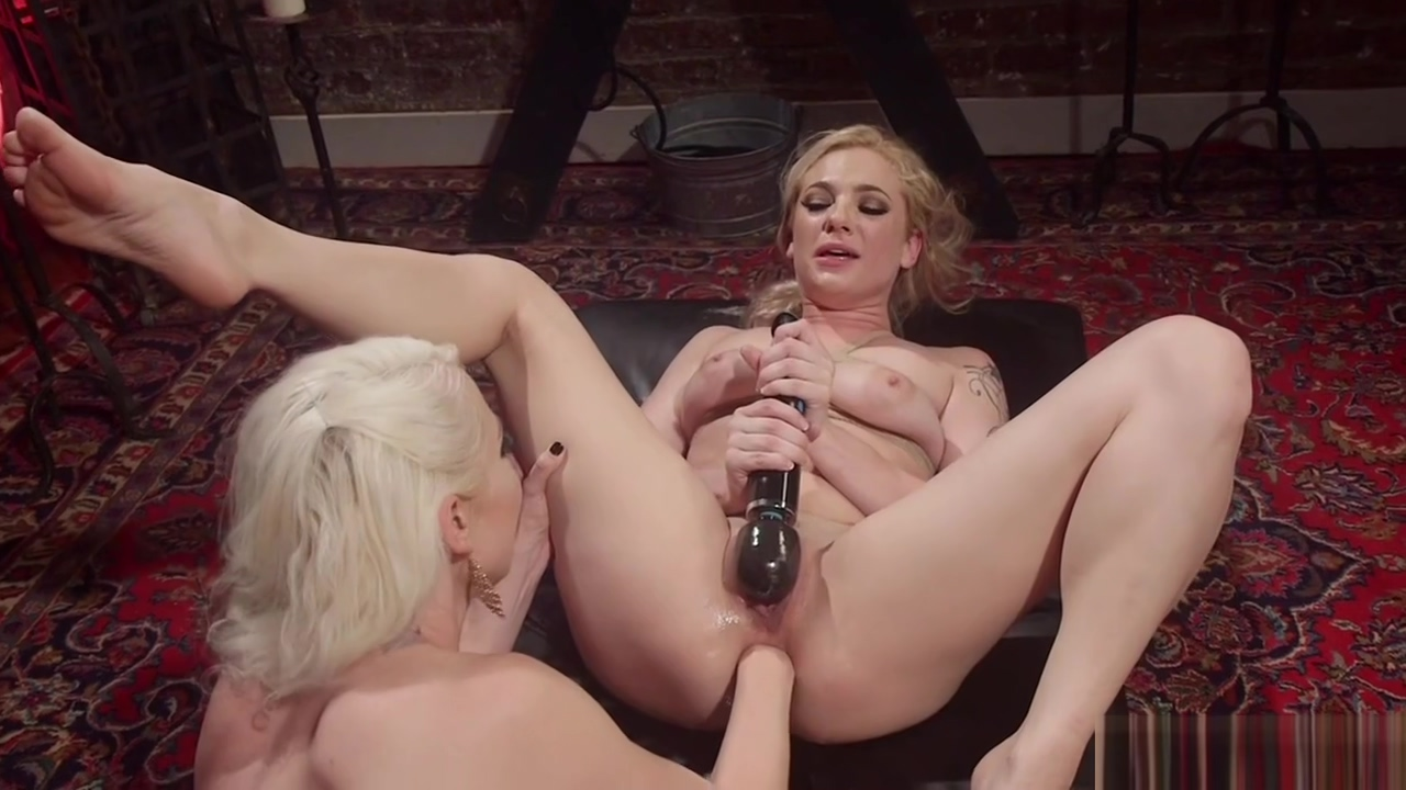 Blonde anal fisting her tied up slave Girls to want sex for internet in Umag