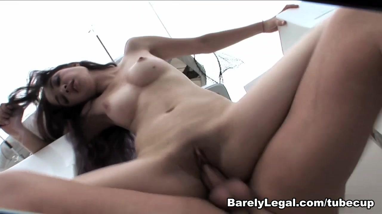 Sexy xxx video Masterbating milf pics