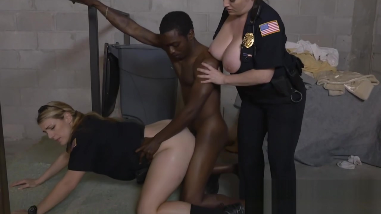 Fancy black pimp gets treated right by mature female cops free milf xxx tgp galleries