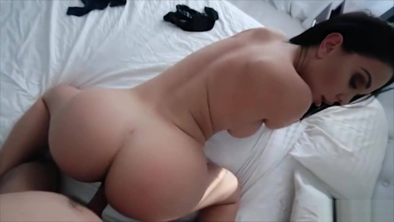 Stepson has a titty fucking talent and he shows it Free chat lines at babes in Roeselare