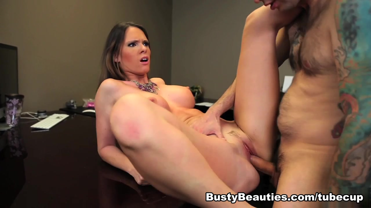 Bbw uses a dildo on cam xXx Photo Galleries