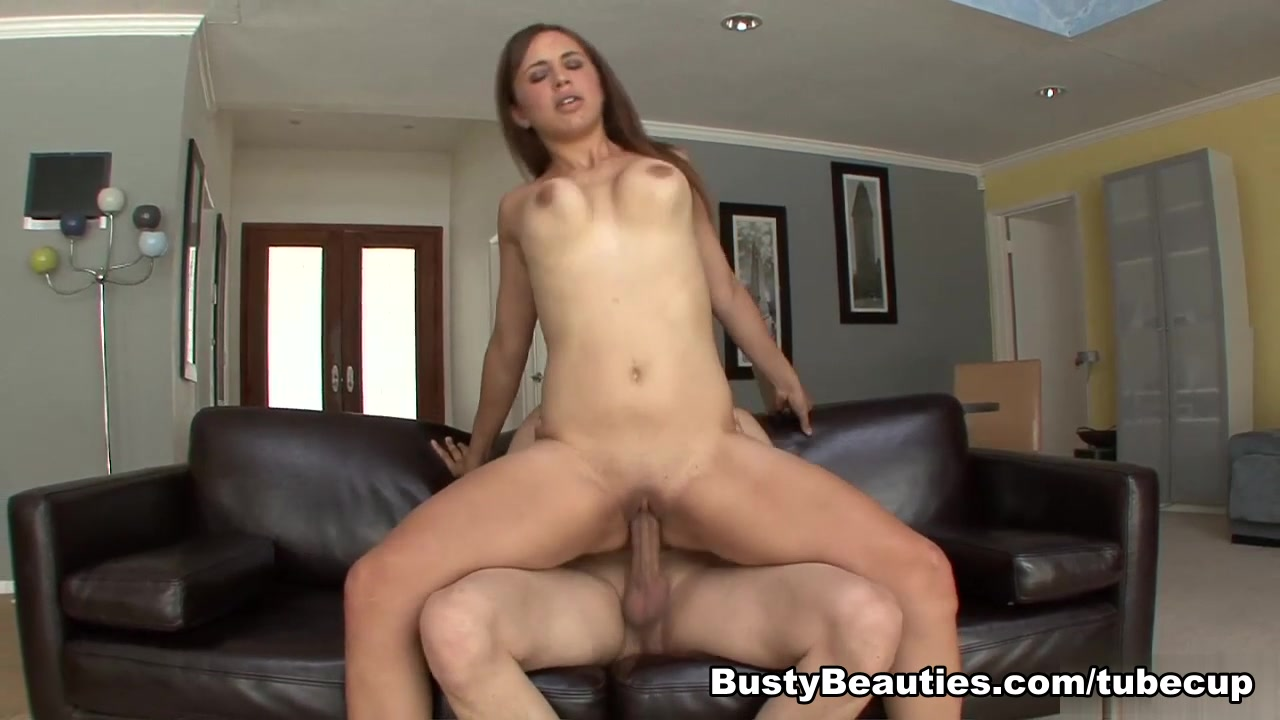 Nude 18+ Tranny self blowjob