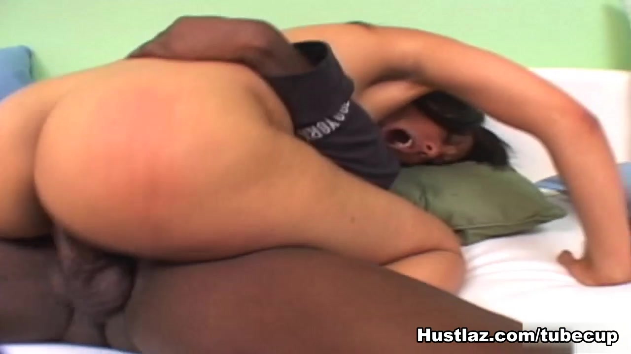 Sexy ass ebony lesbian XXX Photo