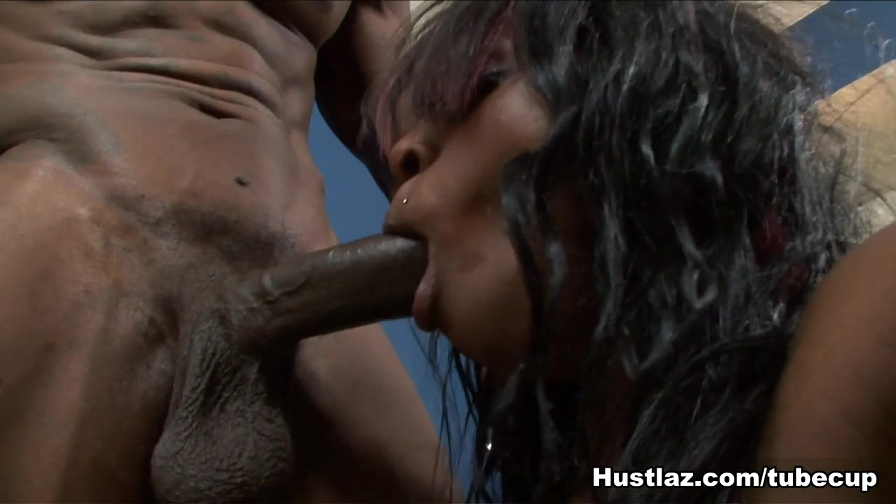 Naked Galleries Big mama house porn