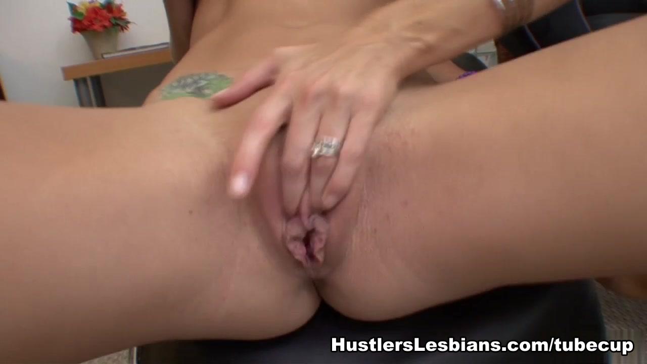 rough lesbian milf porn Adult Videos