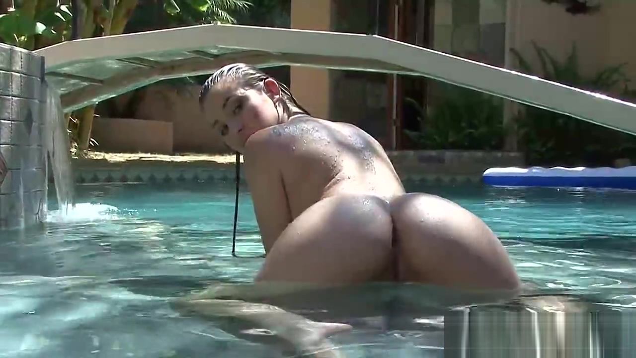 Gorgeous brunette posing naked in a pool Public bottle in pussy