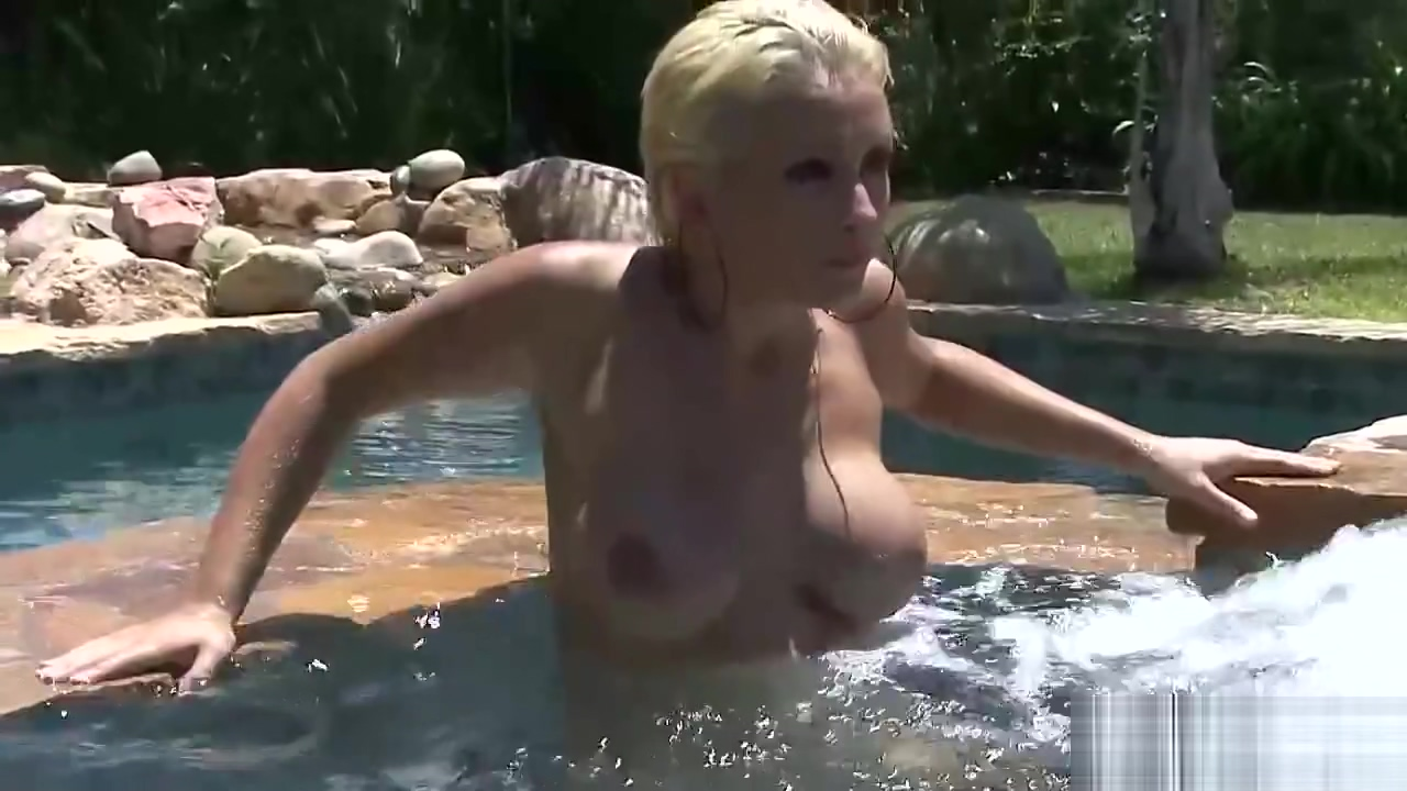Busty blonde posing nude in a pool Fat naked middle aged women pics