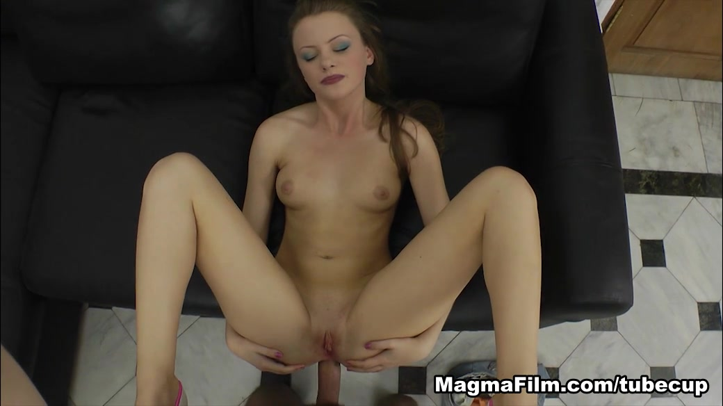 Sexy por pics Lizzie Tucker is banging an older dude