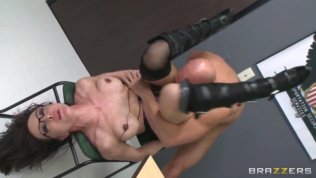 Pornstar dvd covers Nude 18+