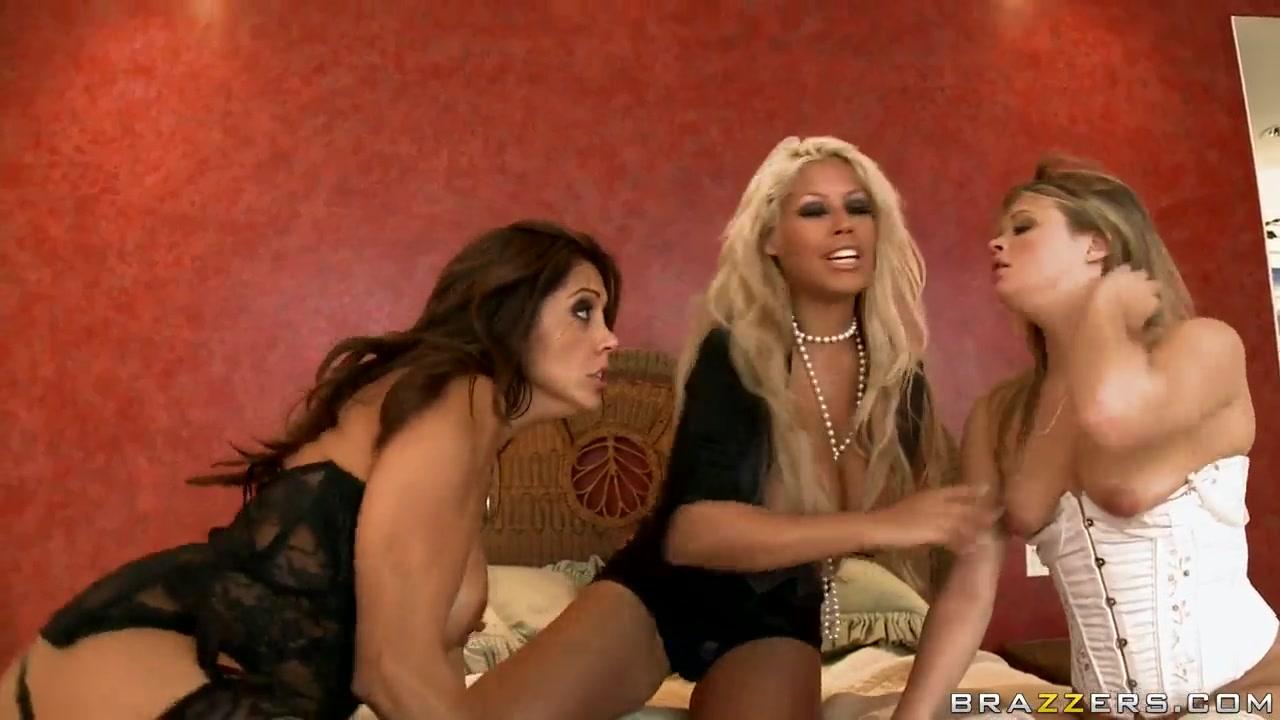 Adult Videos Amateur mature women deepthroat massive