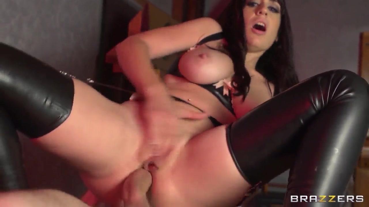 Porn Base Sexy ladies having sex videos