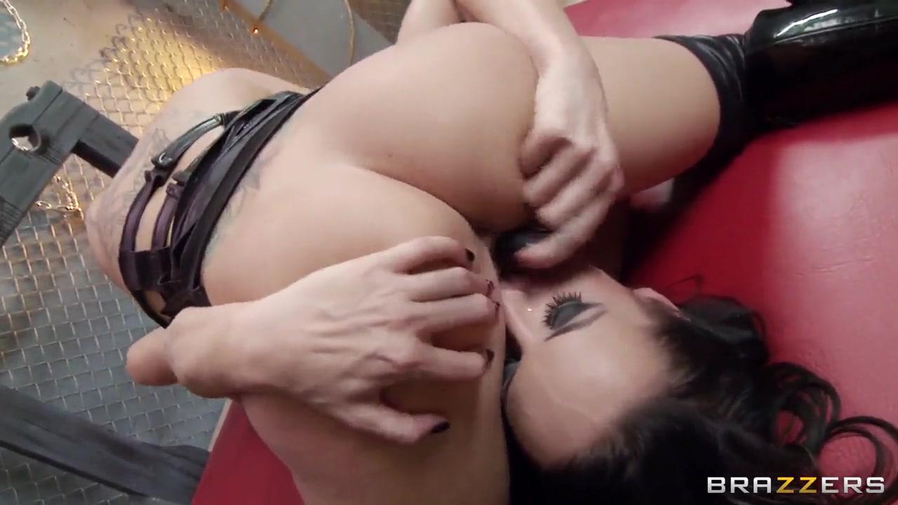 Party porn bachelor ebony
