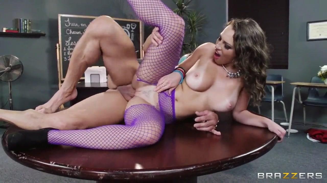 Nude pics Brandi love free hd porn
