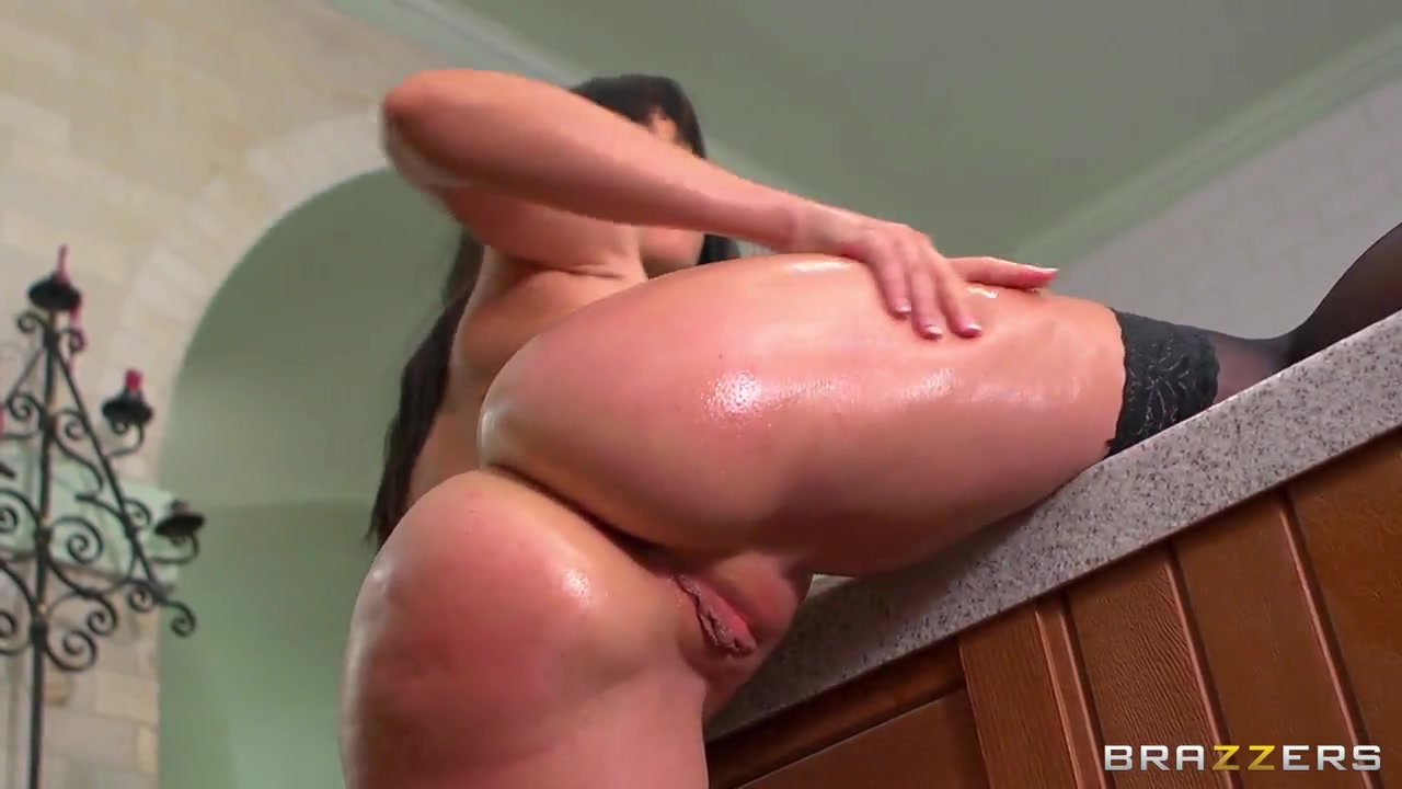 Naked Gallery Busty japanese milf