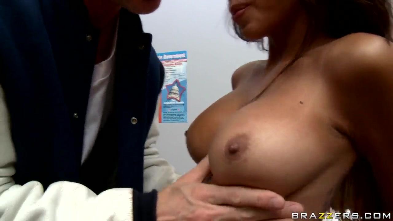 Porn Galleries Free amature midget sex video