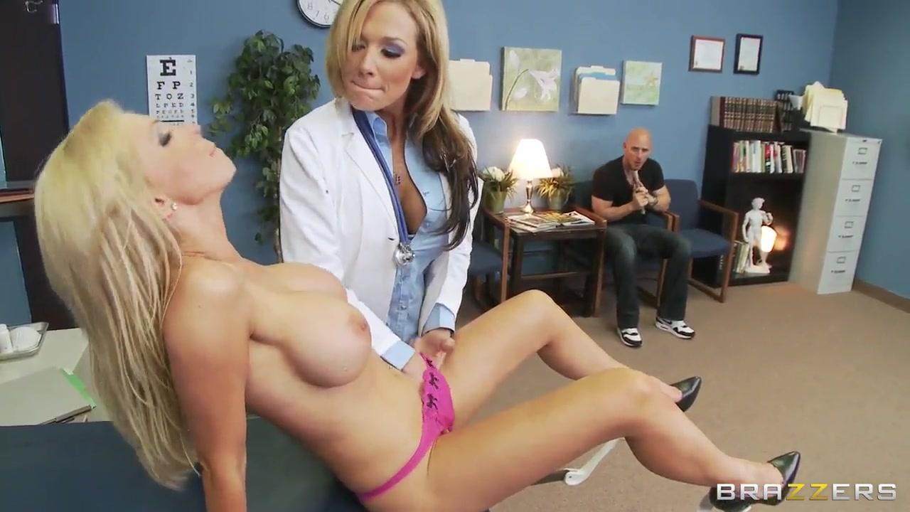 Sexy ebony girls shaking ass Porn tube