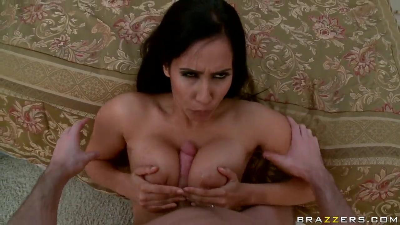 Nude photos Rencontre femme menton