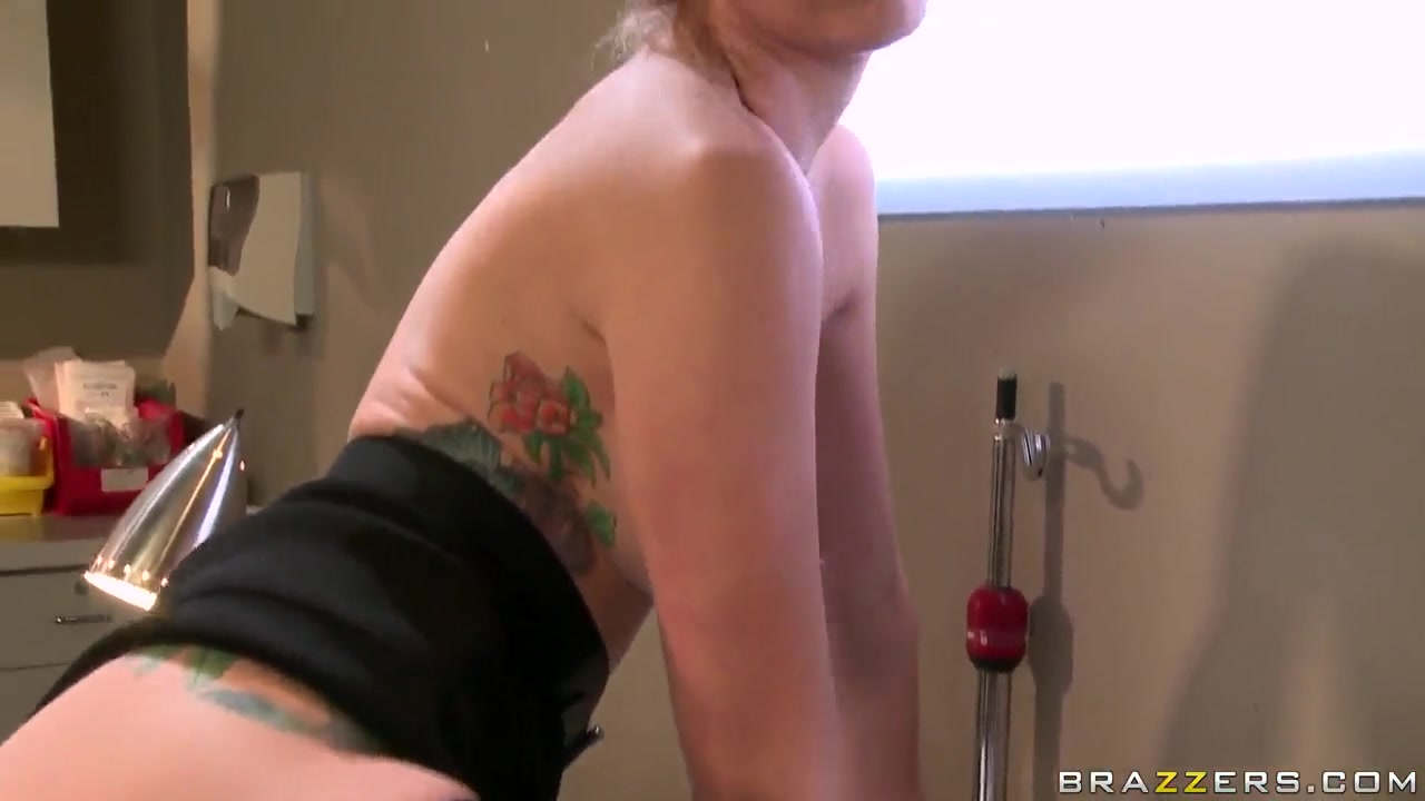 Adult Videos Hot nurses giving blowjobs