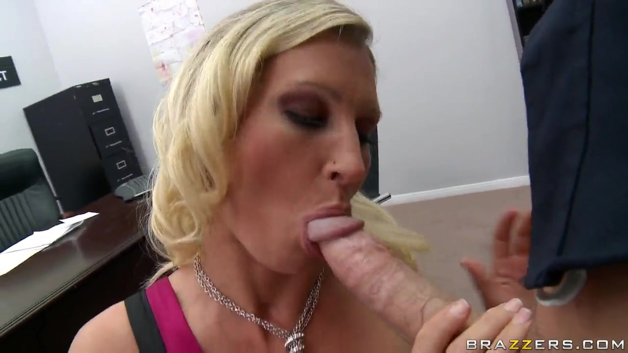 XXX Video Latest creampie porn stars