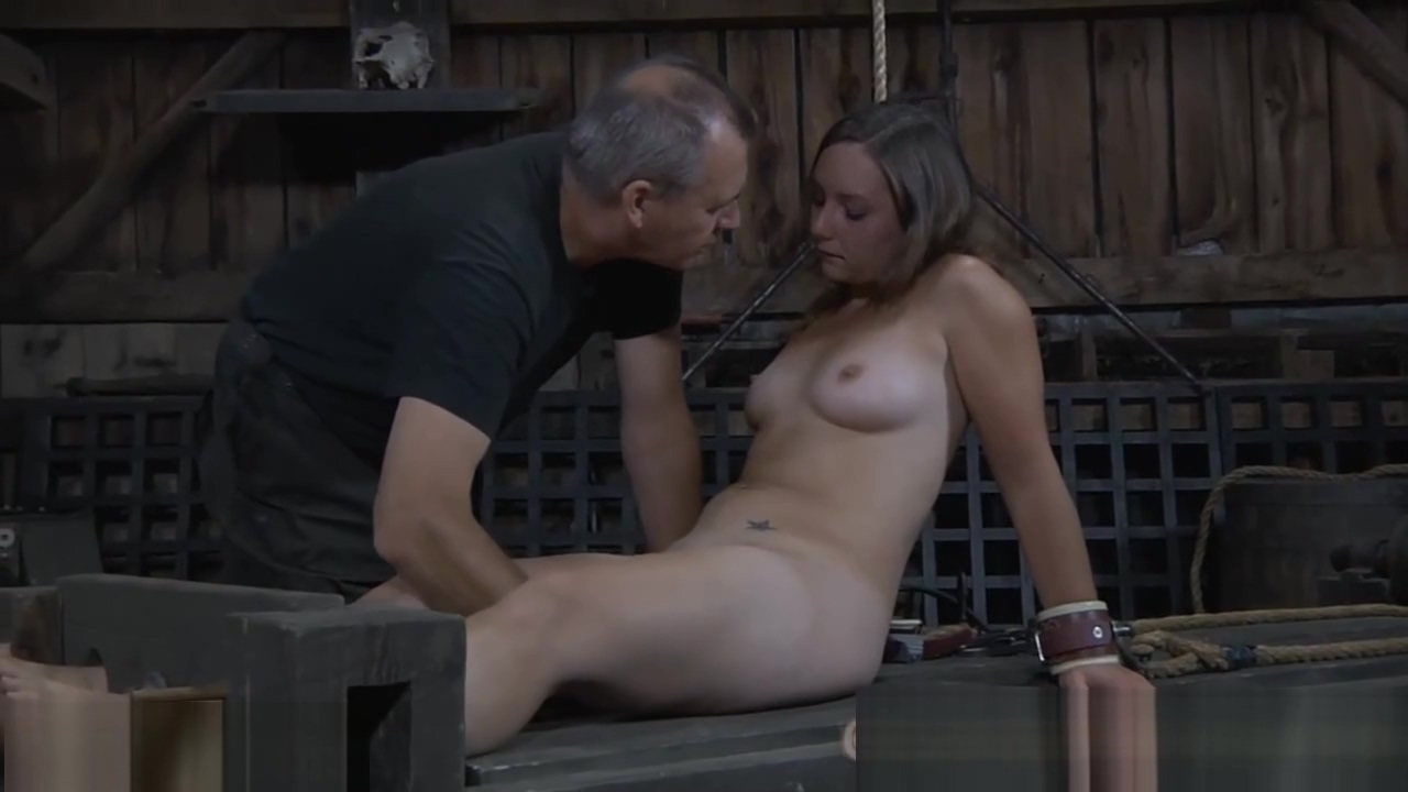 Babe receives wild torturing The real naked chef