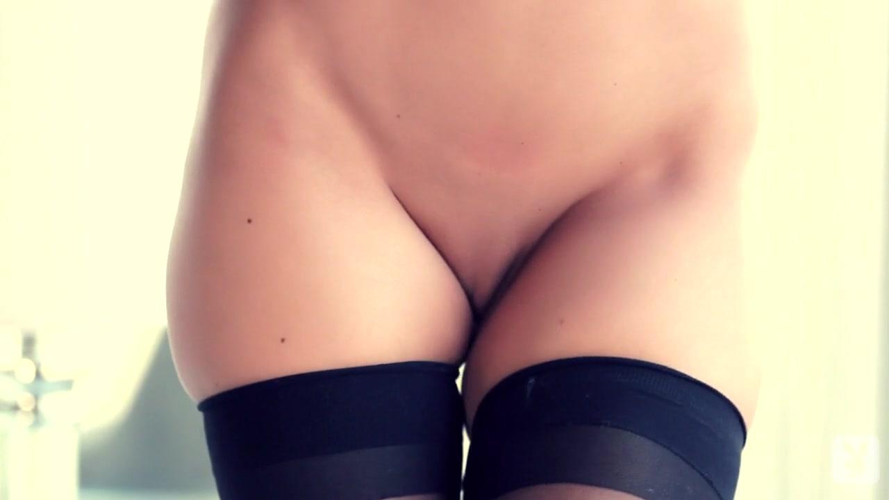 Naked xXx Cute naked models