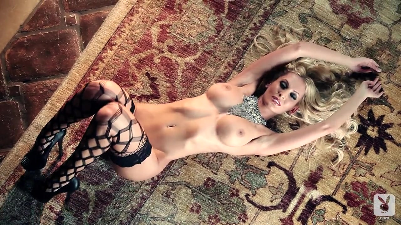 New porn Sexy girls with nipple rings