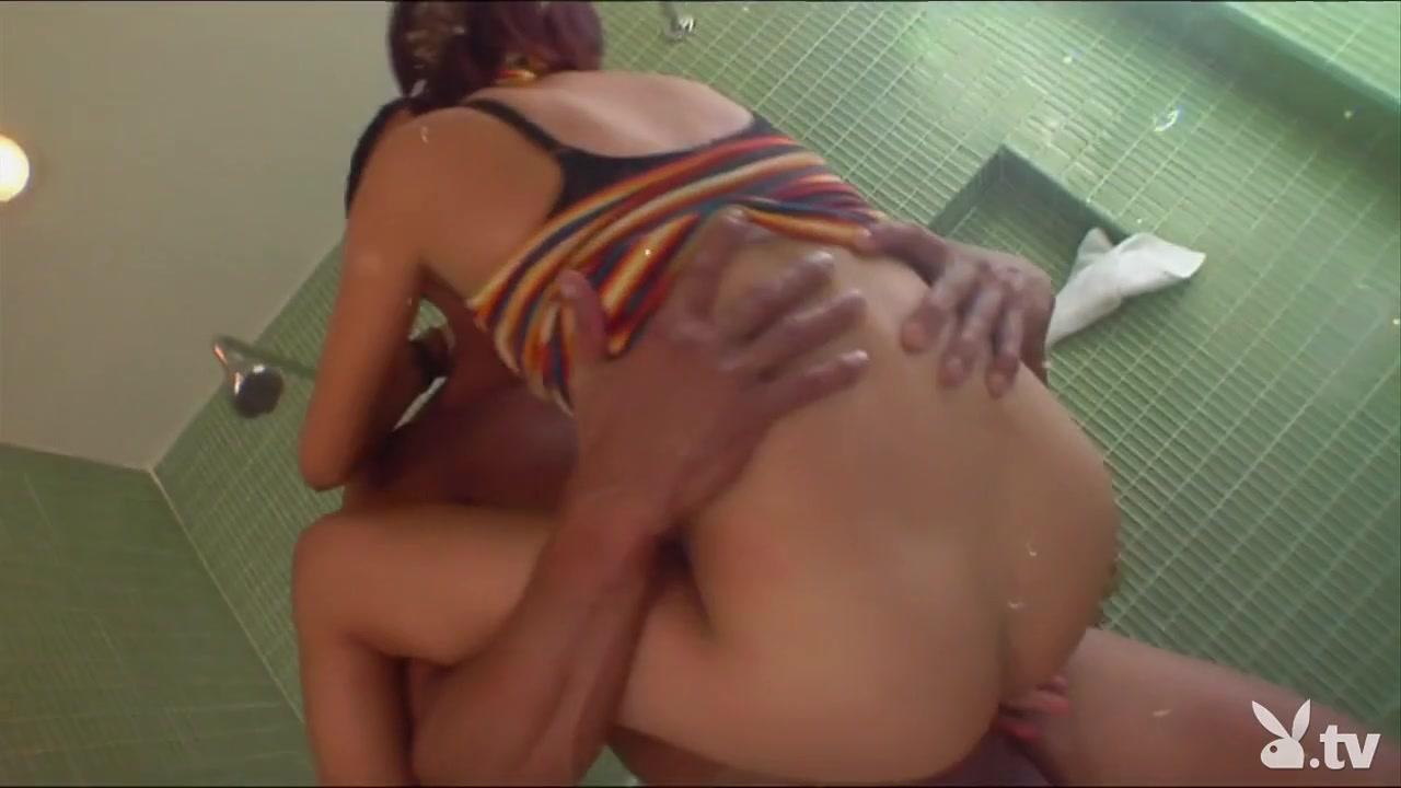 Lesben fucked orgasam Boobs