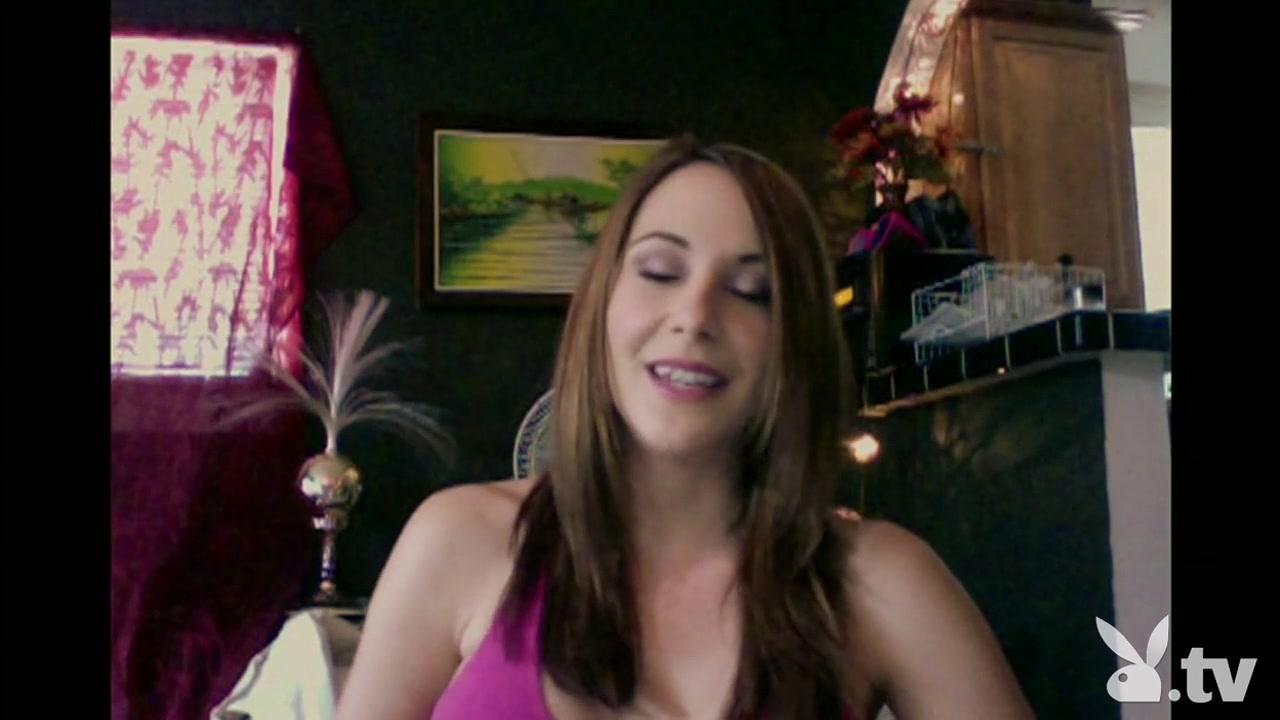 Horne porn lesbea Brunette