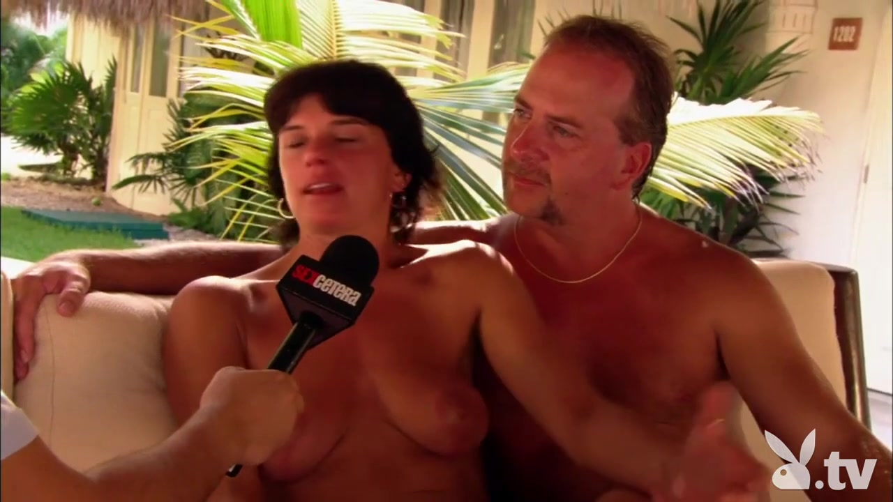All porn pics Mature woman tit fucking twice