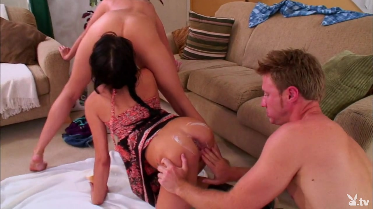 Naked FuckBook Poison ivy movie sex scene