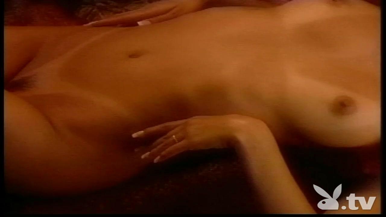 Nude gallery Jam dinding tawaf hijrah sexual identity