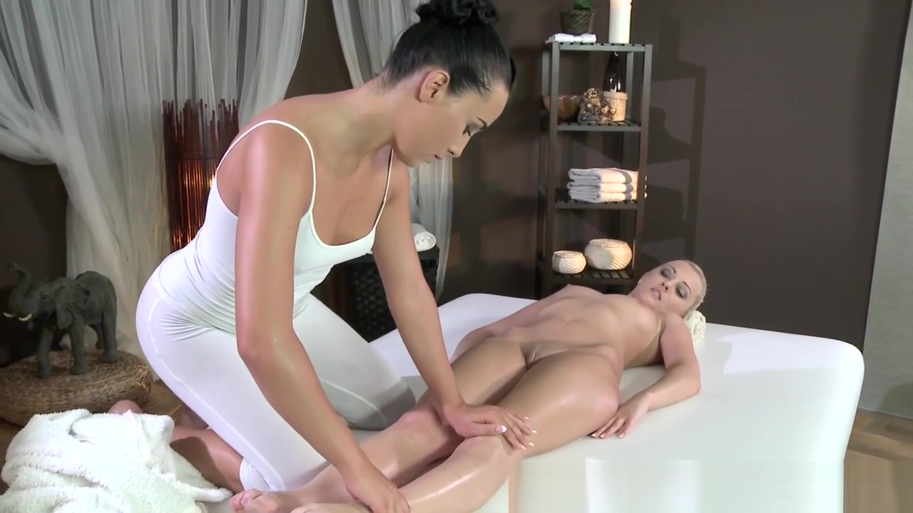 Les masseuse scissoring with classy babe best male hot sex youtube com