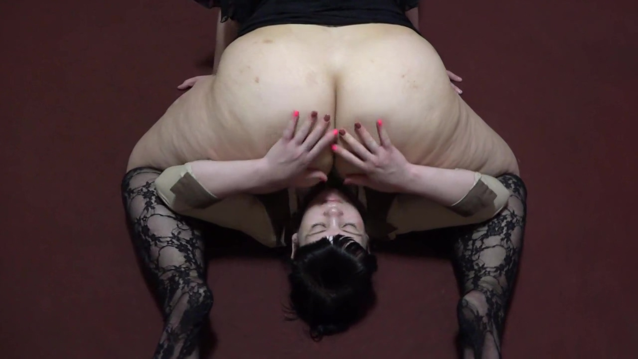 Fat ass sat on the face of a lesbian and forced to lick her hairy pussy. Cunnilingus and Facesitting. Big Cock Deep In Her Ass