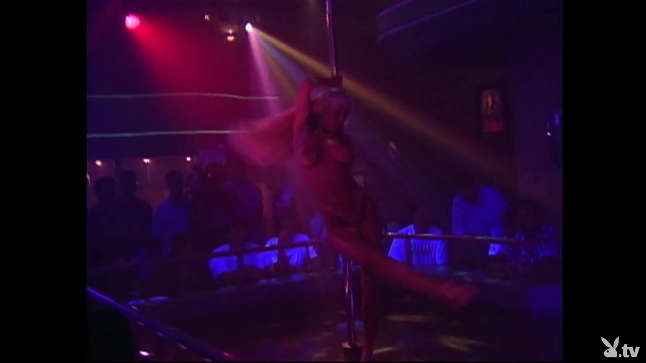 Naked xXx Interracial movie porn star