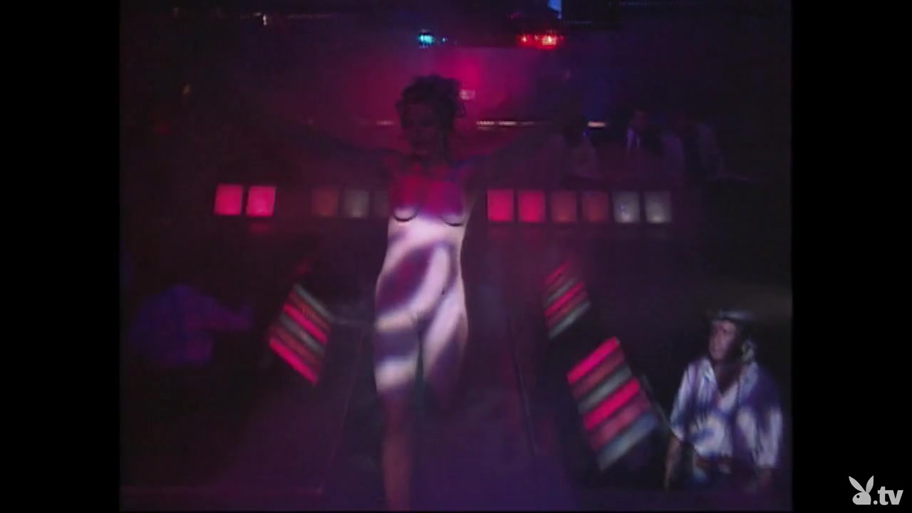ucile escort girl Nude gallery