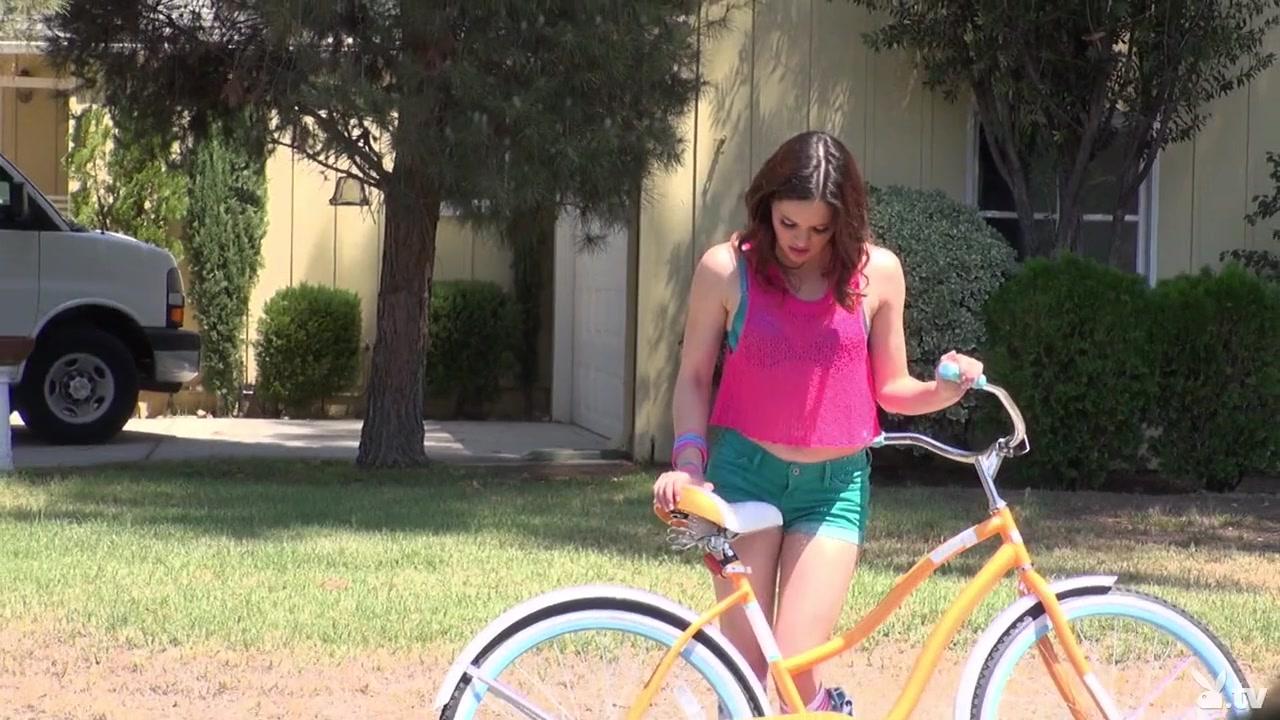 Eva Long fucks sweet teen Ariella Adult videos