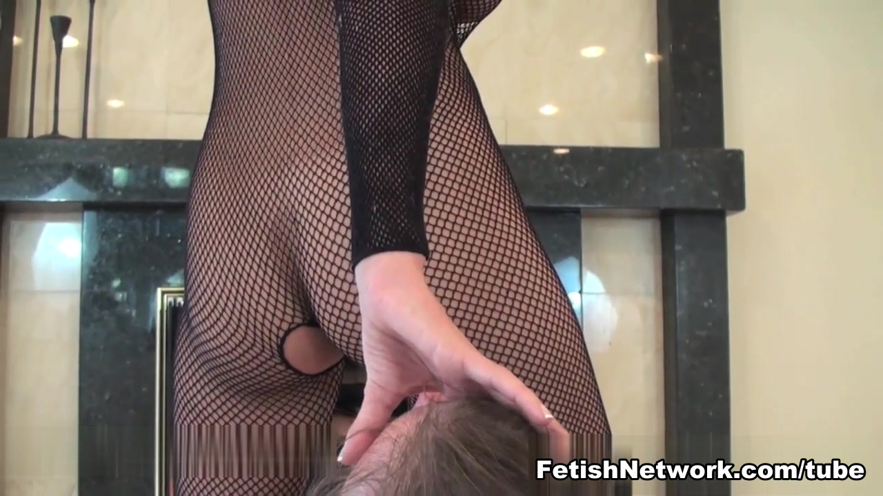 Amateur milf does it all Porn Galleries