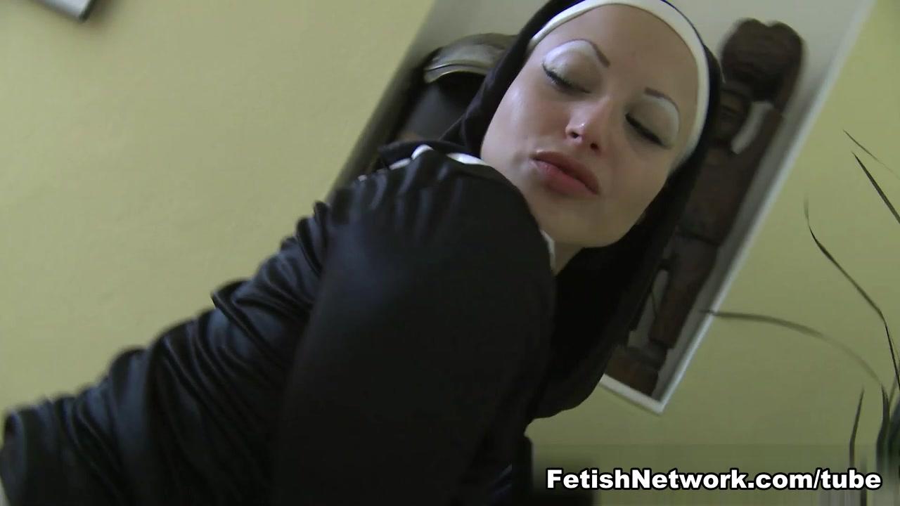 Lesbia fucker fuckk Showe