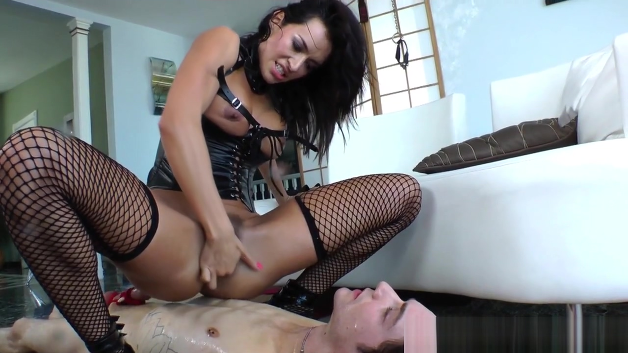 Strapon loving prodomme humiliates her sub beautiful bondage models great ass
