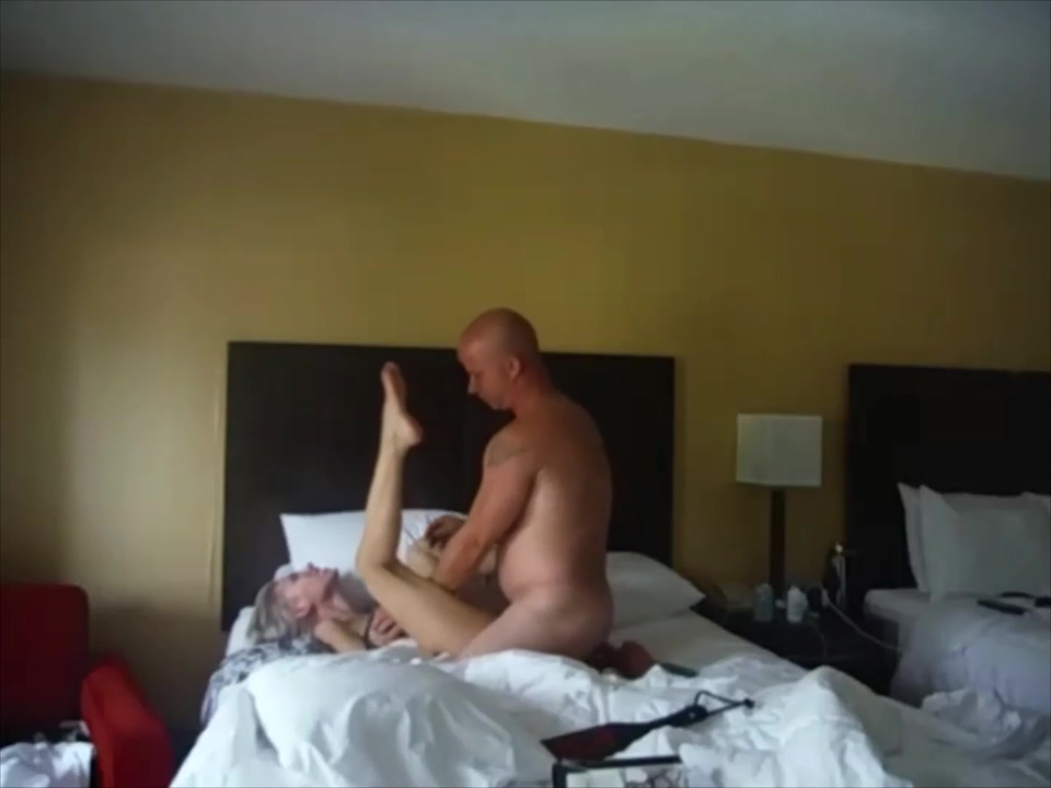 cum twice, she swallows both in Gatlinburg TN hotel, our first time Teen model porn pics