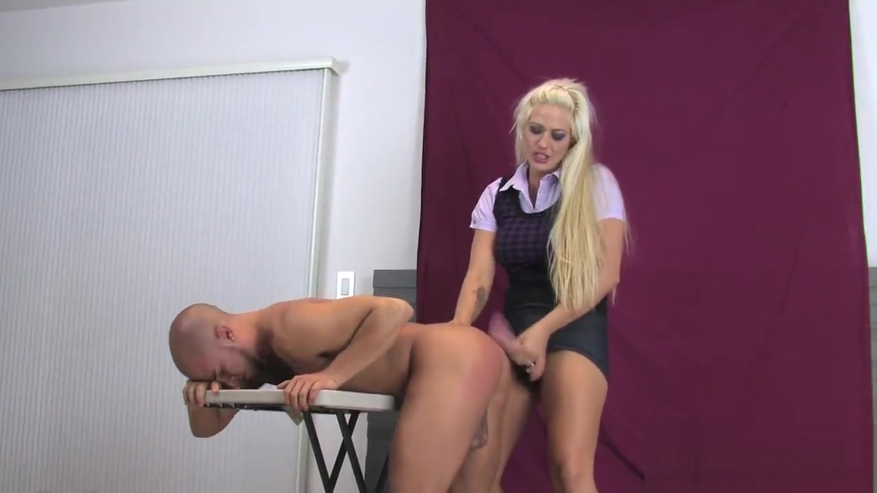 Cuties bang lovers anal with monster strapons and splatter jizm