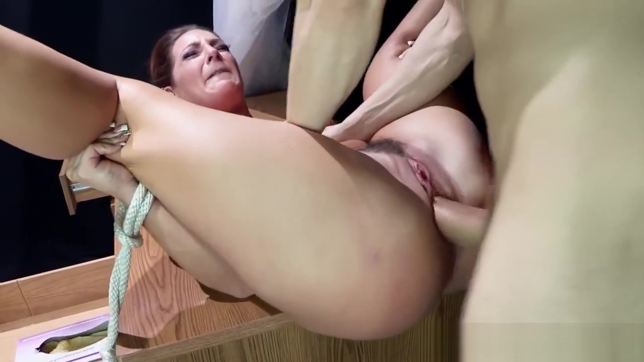 Squirting MILF gets tiedup and pounded hard Mature naked women videos