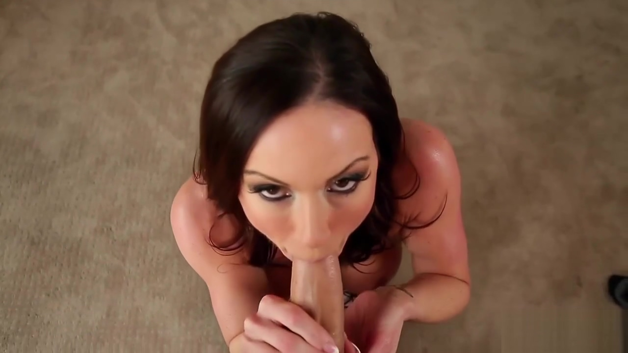 Kendra Lust Plays Around With a Schlong 1080p