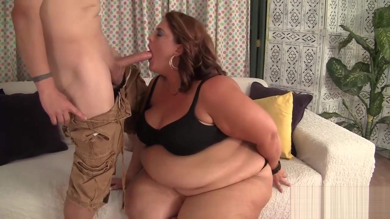 Fat and sexy BBW Erin Green gets her pussy stuffed with cock. Chin strap girls nude