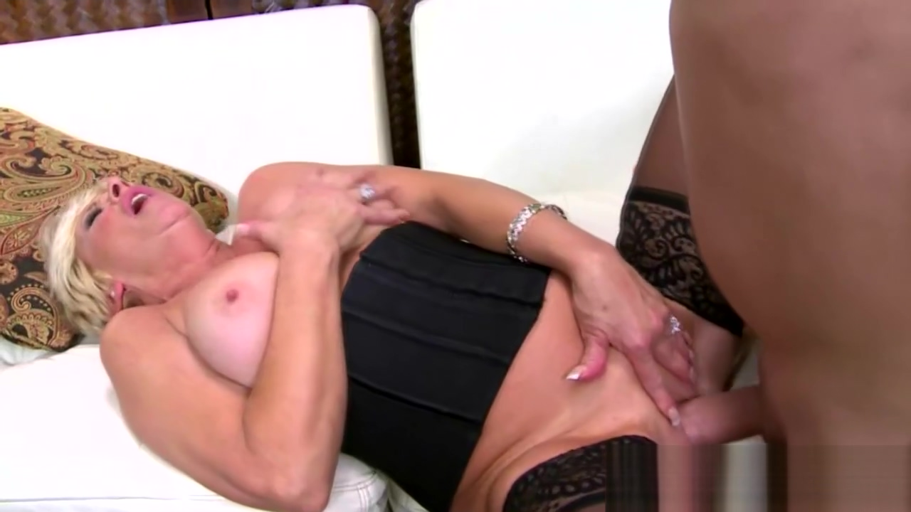 Busty blonde grandma seduced by a stud What to get your girlfriend on her birthday