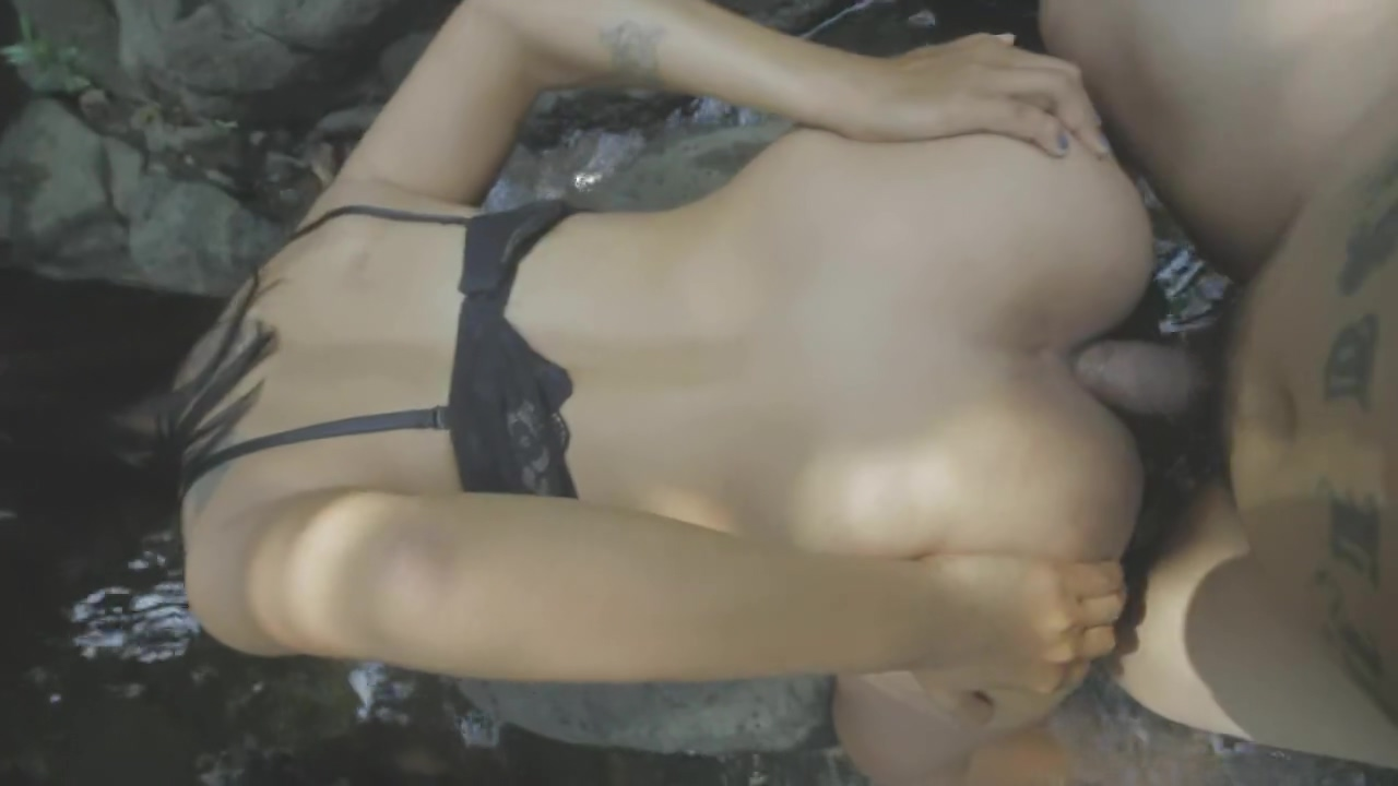 Amateur Thai babe fucked outdoors - Mayabitchz skinny blonde milf mature porn