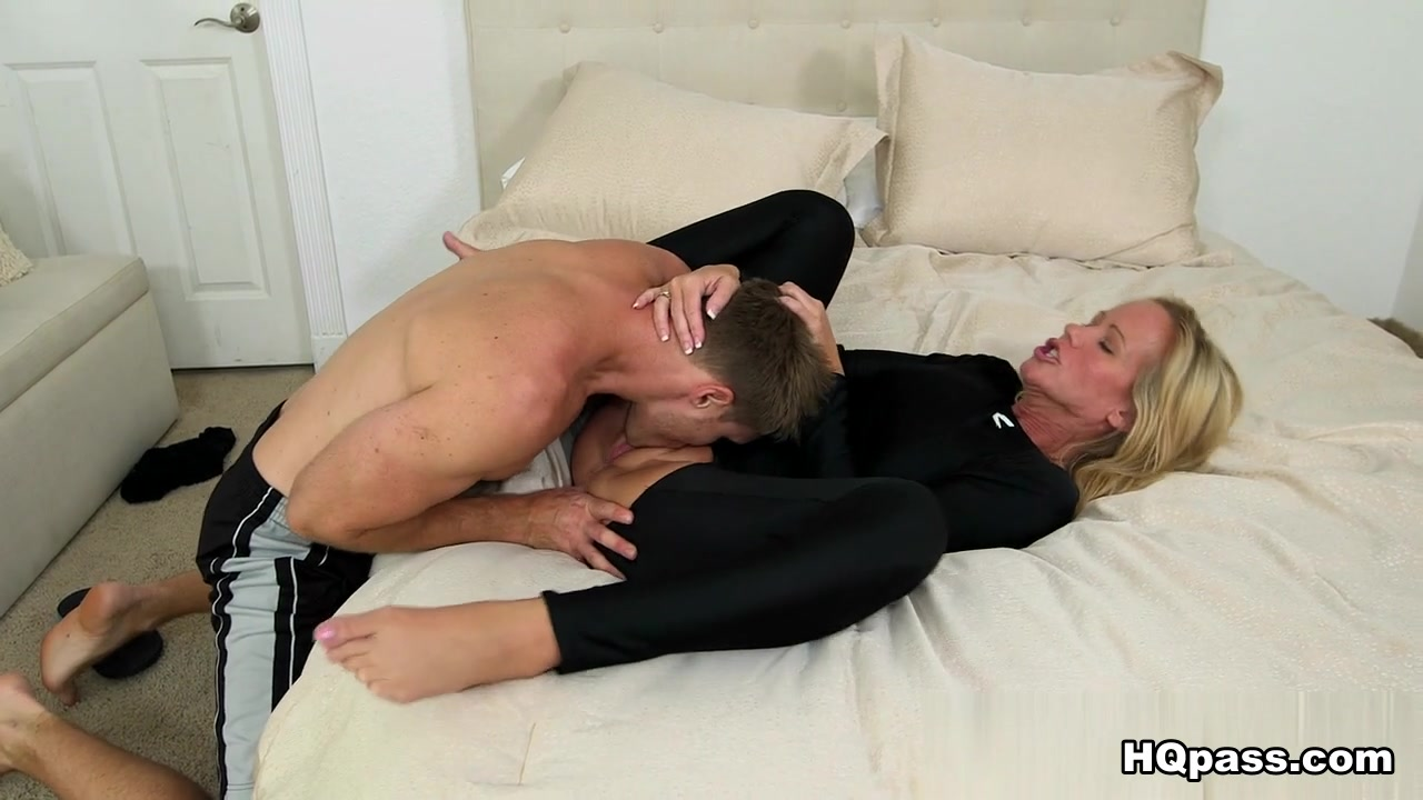 Leather strapon tube Adult Videos