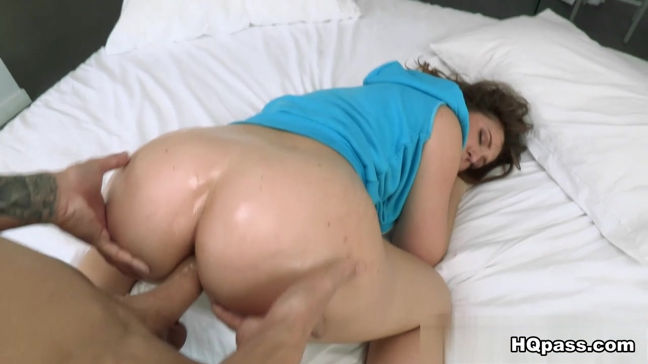 Emo girl has squirting orgasm Porn Pics & Movies