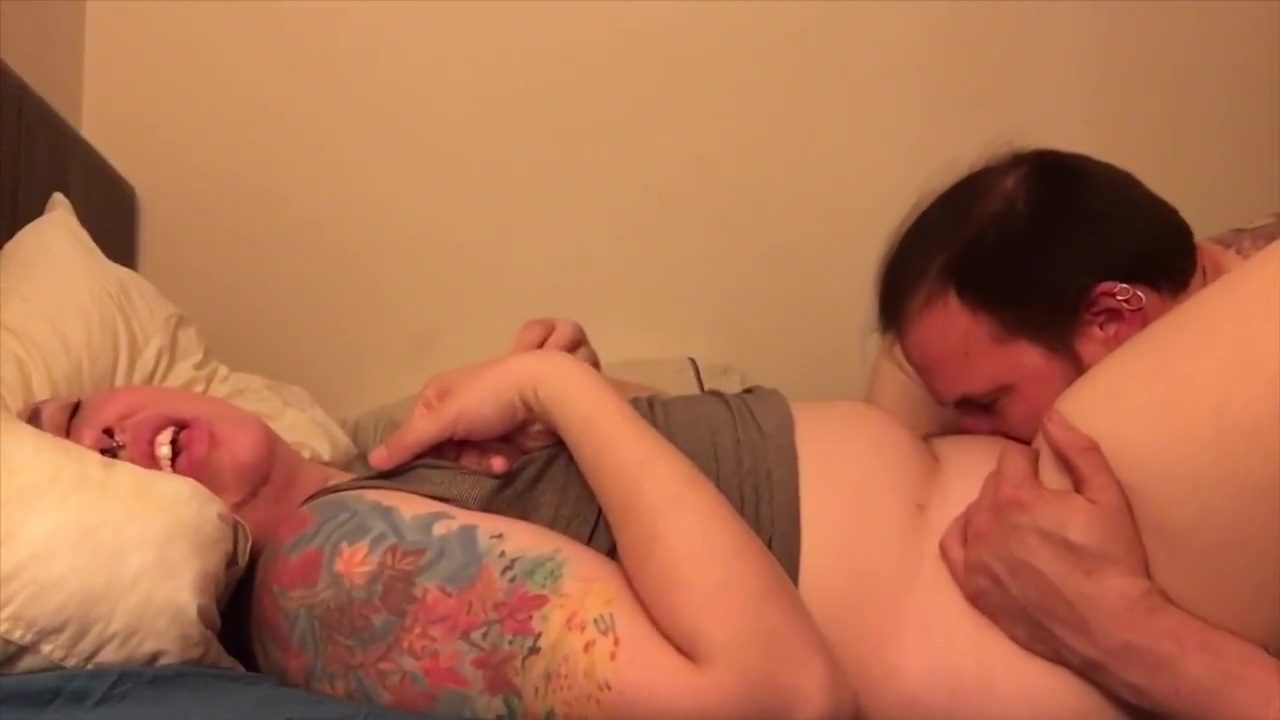 Enby slut and hot dad bod get it on Ebony australia