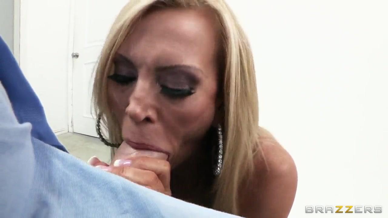 Blonde and ebony milfs masturbate with toys Naked FuckBook